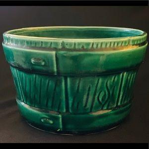 Vintage UPCO #721 Barrel Ceramic Planter
